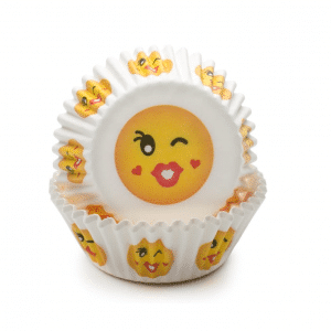 Kiss Emoji Bake Cup Set